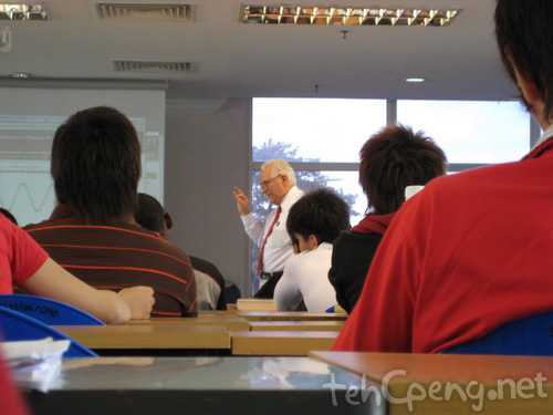 Physics B lecturer